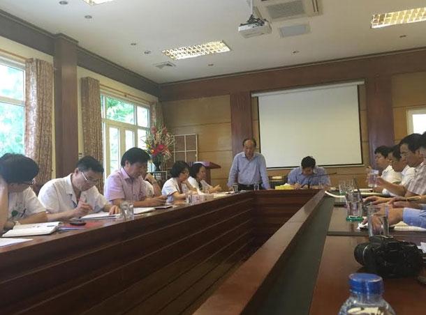 PGS.TS Lương Ngọc Khuê làm việc tại BV Nhi Trung ương. Ảnh: Tú Anh