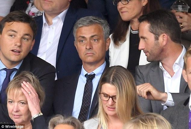Mourinho được kỳ vọng rất nhiều để đưa MU lên đỉnh cao