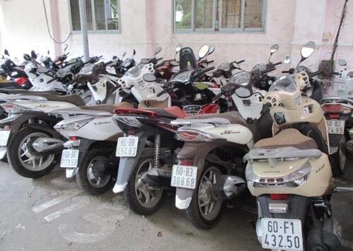 Công an thị xã Dĩ An, tỉnh Bình Dương vừa triệt phá ổ tiêu thụ xe trộm cắp do đối tượng Huỳnh Anh Quốc cầm đầu.