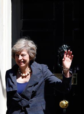Bà Theresa May là lựa chọn an toàn để lèo lái nước Anh trong giai đoạn khó khăn hiện nay Ảnh: REUTERS