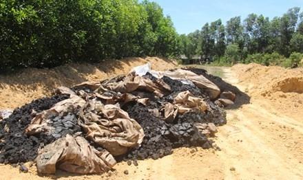 Chất thải từ Formosa được chôn lấp trong trang trại.