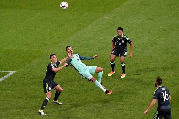 euro 2016 la giai dau day ray noi so hai hinh anh 4