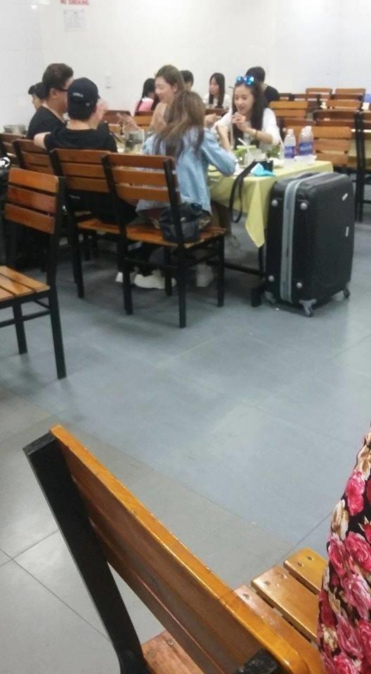Lộ ảnh Quỳnh Anh Shyn thân mật với B Trần trong quán ăn - Ảnh 3.