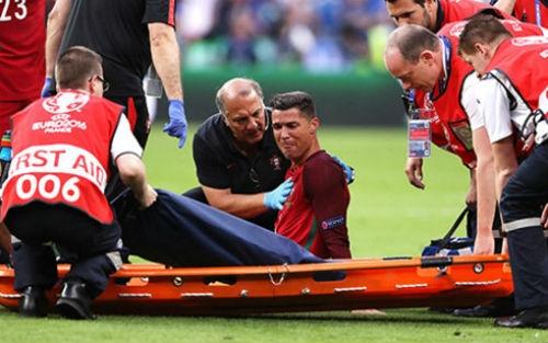Ronaldo: Sau Euro, Quả bóng Vàng là dấu chấm hết? - 1