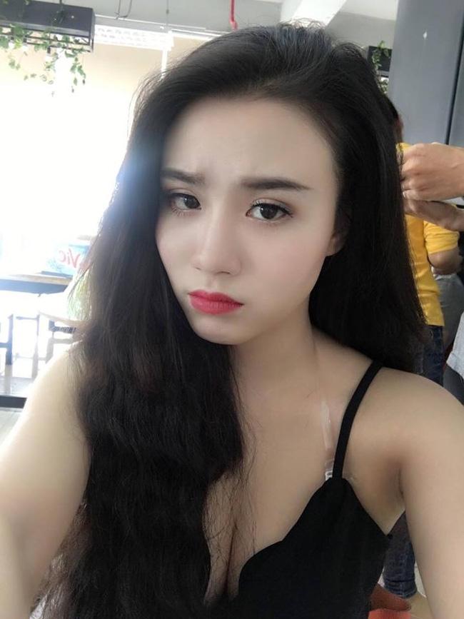 Xuất hiện clip Linh Miu biểu diễn nhảy sexy như tập thể dục trong quán bar - Ảnh 5.