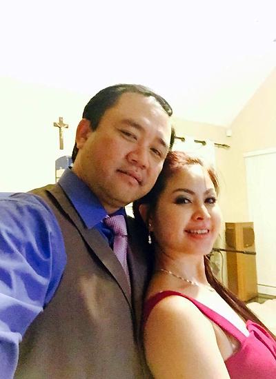 Ca sĩ Yến Vy bên chồng - doanh nhân John Nguyễn - người đã gắn bó với chị suốt bảy năm qua.