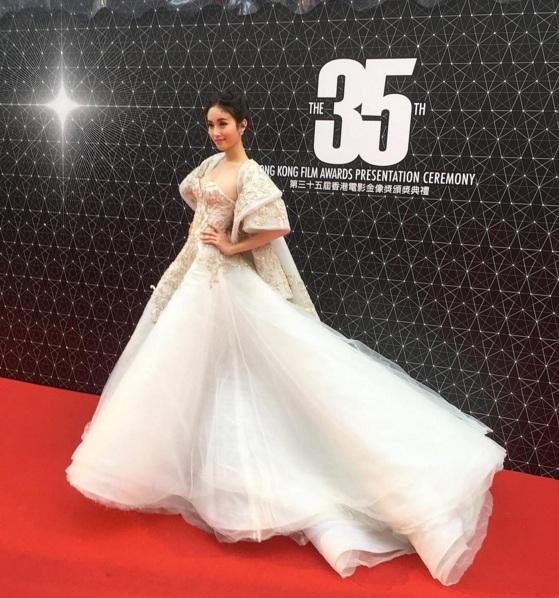 Hoa hậu chuyển giới Nong Poy lại gây ấn tượng với nhan sắc quá đỗi xinh đẹp - Ảnh 11.