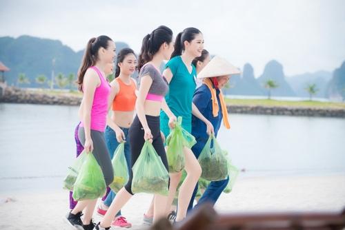 Thí sinh Hoa hậu VN khoe eo thon bên biển Hạ Long - 10