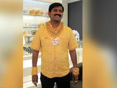 """Ấn Độ: """"Người đàn ông vàng"""" bị đánh tới chết trước mặt con trai"""