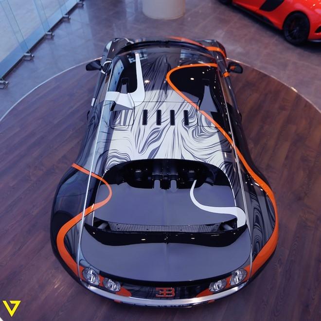 Bugatti Veyron Super Sport mau son doc duoc rao ban hinh anh 3