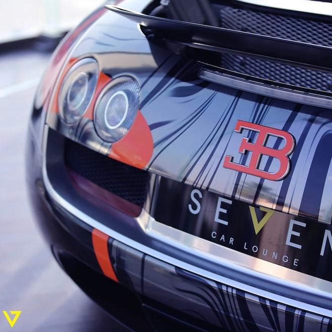 Bugatti Veyron Super Sport mau son doc duoc rao ban hinh anh 4
