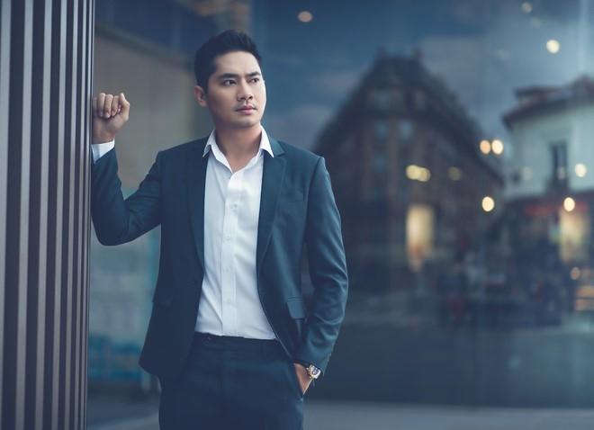 Minh Luan: 'Toi va Lan Ngoc chua tim duoc tieng noi chung' hinh anh 1
