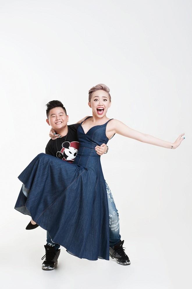 Toc Tien tinh nghich ben dan thi sinh Vietnam Idol Kids hinh anh 3
