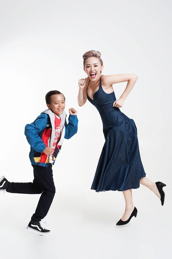 Toc Tien tinh nghich ben dan thi sinh Vietnam Idol Kids hinh anh 5