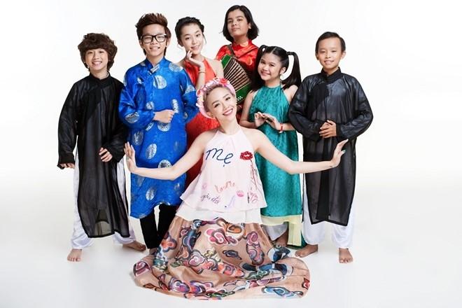 Toc Tien tinh nghich ben dan thi sinh Vietnam Idol Kids hinh anh 8