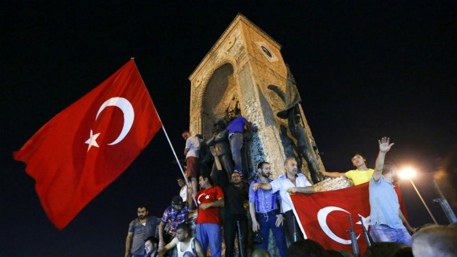 Phản ứng của Mỹ và NATO trước vụ đảo chính ở Thổ Nhĩ Kỳ - ảnh 2