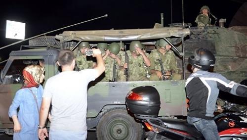 Thủ tướng Thổ Nhĩ Kỳ tuyên bố đảo chính thất bại - Ảnh 1