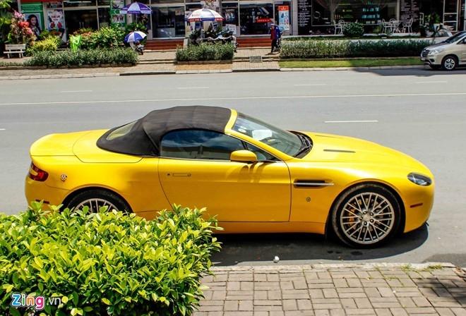 Xe the thao hang hiem Aston Martin Vantage tai Sai Gon hinh anh 3