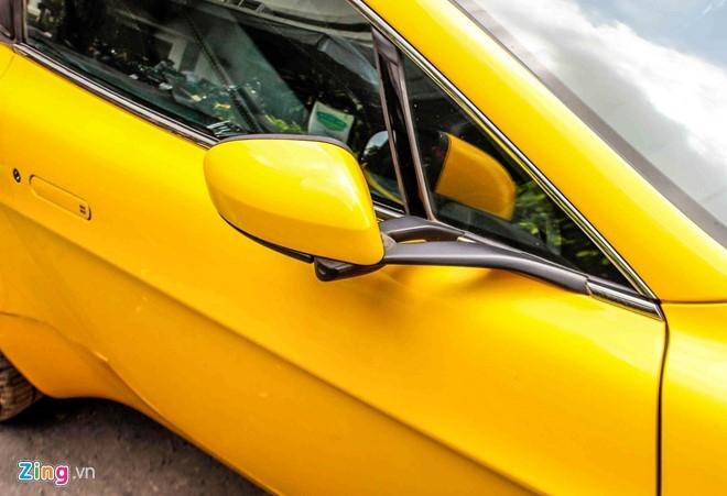 Xe the thao hang hiem Aston Martin Vantage tai Sai Gon hinh anh 6