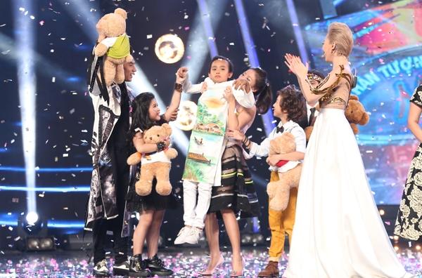 Kết quả đêm chung kết, Hồ Văn Cường đã trở thành Quán quân của Vietnam Idol Kids với 59,21% bình chọn. Bảo Trân với hơn 28% lượt bình chọn giành ngôi vị Á quân. Đồng giải ba là Gia Khiêm và Jayden.