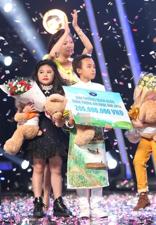 ho-van-cuong-tro-thanh-quan-quan-vietnam-idol-kids-12