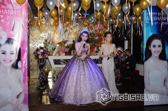 Lâm Chi Khanh thay váy liên tục trong tiệc sinh nhật hoành tráng 8