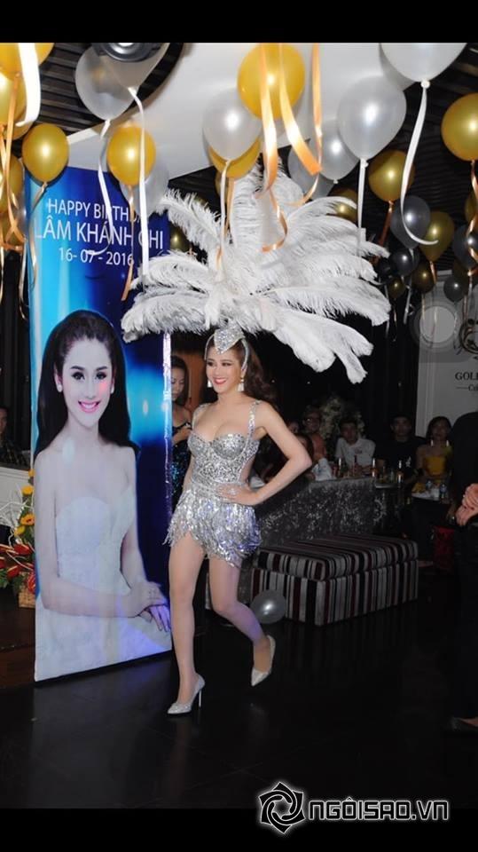 Lâm Chi Khanh thay váy liên tục trong tiệc sinh nhật hoành tráng 7