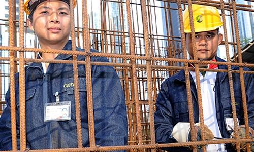 chon-truong-nghe-thay-vi-dai-hoc-van-co-luong-thang-2500-usd-1