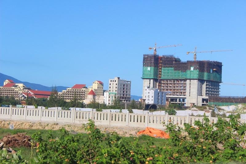 Đà Nẵng, đài phát thanh bị TQ chèn sóng, resort Trung Quốc, Ngũ Hành Sơn, du khách Trung Quốc