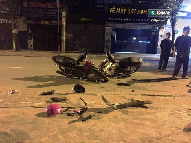 Thanh niên chạy xe ngược chiều gây tai nạn khiến 2 người nhập viện - Ảnh 1.