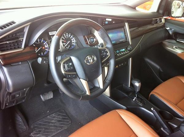 Toyota Innova 2016 đã được đưa tới đại lý - 2