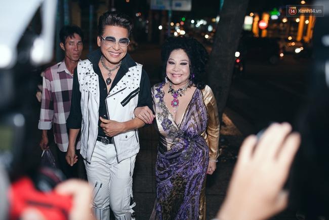 Dàn sao Vbiz nô nức tham dự đám cưới của MC Thanh Bạch - Thuý Nga - Ảnh 1.