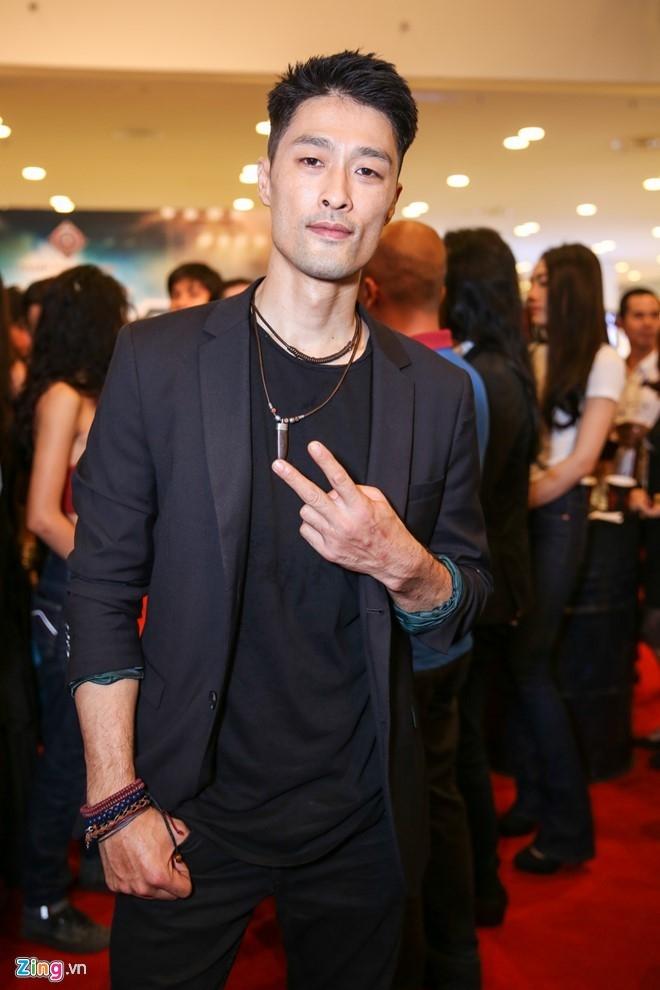 Johnny Tri Nguyen: 'Chua nghi den chuyen cuoi Nhung Kate' hinh anh 1