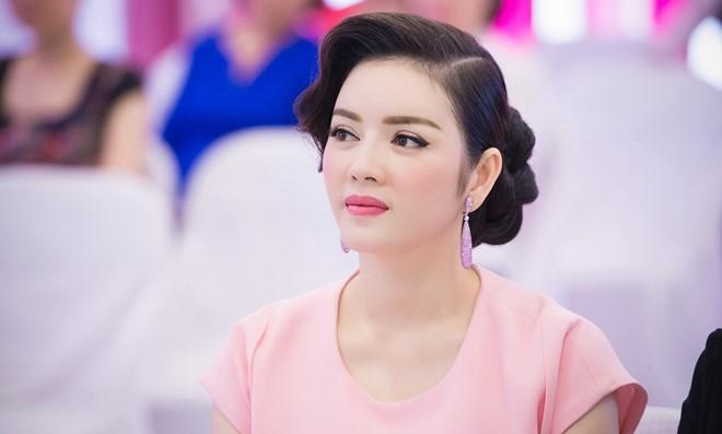 Ly Nha Ky tang 50 trieu cho co gai bi chong tuoi xang dot hinh anh 1