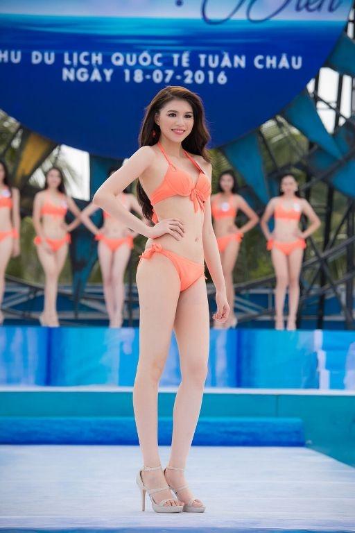 Thí sinh HHVN diễn bikini tranh giải Người đẹp biển - 14