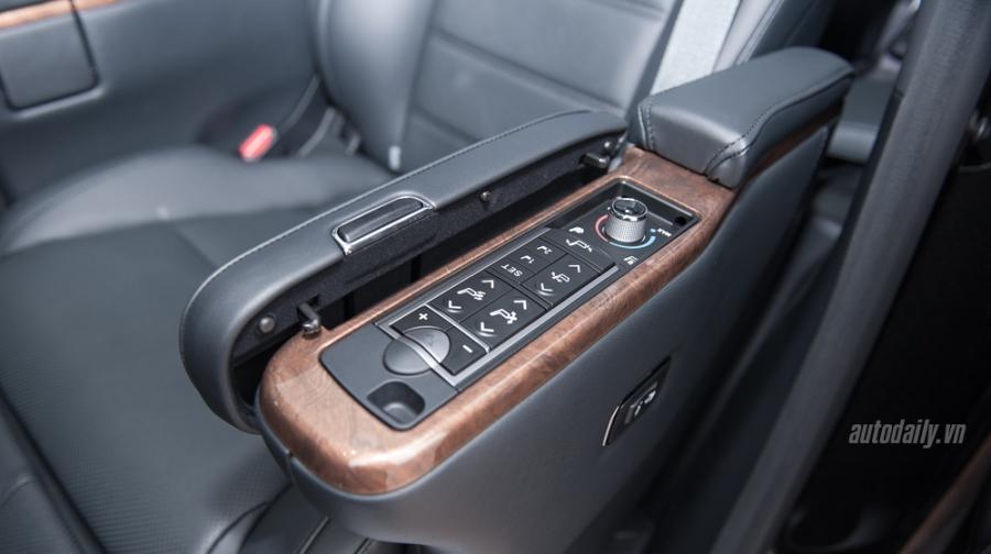 Toyota Alphard 2016 (25).jpg