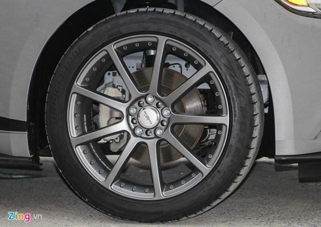 Ford Mustang GT mui tran do may va ngoai that o Sai Gon hinh anh 7