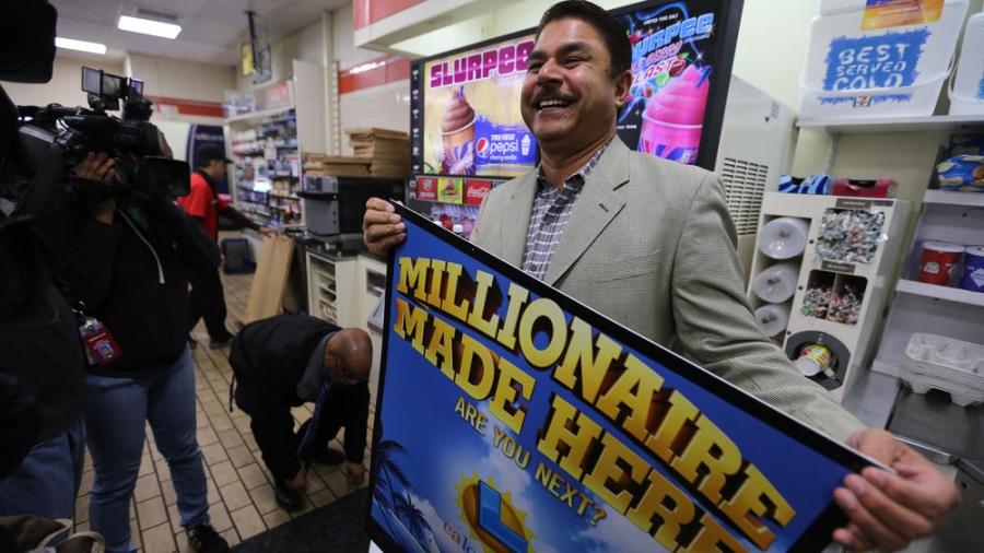 Chủ cửa hàng 7 - Eleven cũng được thưởng 1 triệu USD. Ảnh: Los Angeles Times