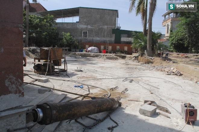 Quá trình di chuyển căn nhà nặng 800 tấn lùi xa 35m ở Nghệ An - Ảnh 11.