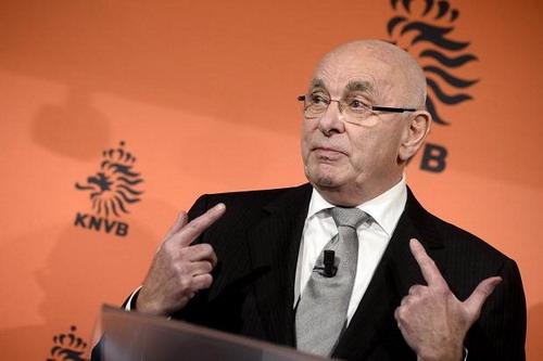 Michael van Praag có thể trở thành chủ tịch mới của UEFA