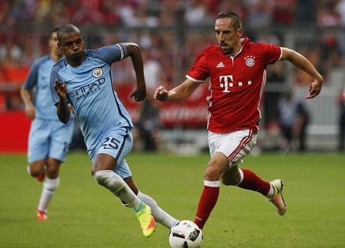 Guardiola khởi đầu ở Man City bằng trận thua Bayern Munich - ảnh 2