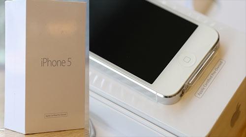 iphone-ipad-tan-trang-tran-ngap-thi-truong-viet-1