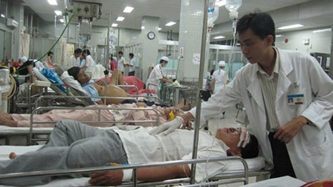 Người bị tai nạn giao thông nhập viện sẽ phải kiểm tra nồng độ cồn /// Ảnh TN