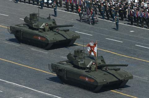 Nga gay soc: Sieu tang Armata co gia sieu re