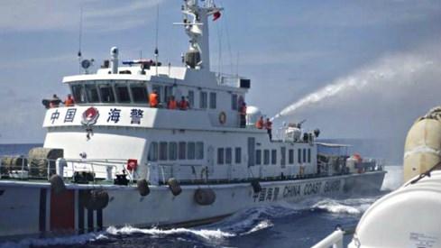 Sách trắng quốc phòng Nhật Bản sẽ nhấn mạnh về Trung Quốc và Biển Đông - ảnh 1