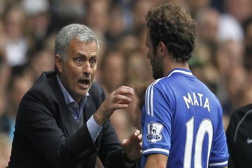 Mourinho và Juan Mata khi còn ở Chelsea