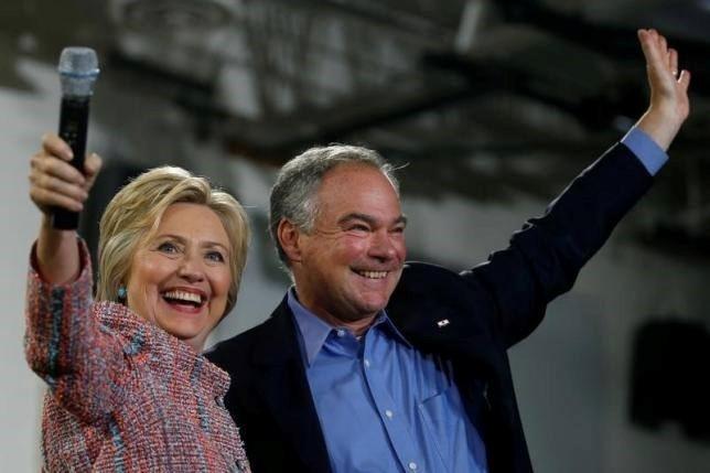 Ba Clinton cong bo TNS Tim Kaine la ung vien pho tong thong hinh anh 1