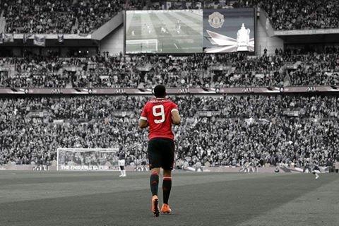 Ibrahimovic, Martial, MU, Quỷ đỏ, Old Trafford, Mourinho