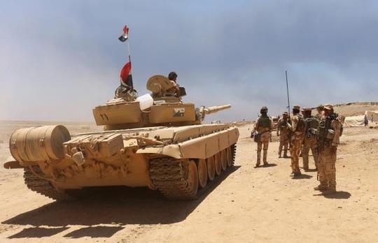 Quân đội Iraq đang nỗ lực tiêu diệt IS. Ảnh: Reuters