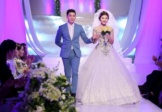 Mai Ngo che Diep Linh Chau catwalk nhu dan ong mac vay hinh anh 9
